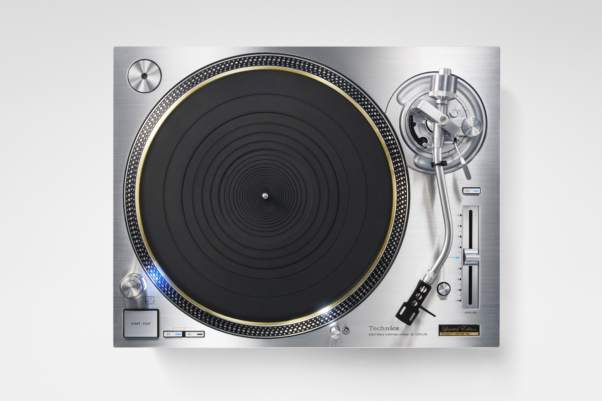 the new technics sl 1200 is finally here. Black Bedroom Furniture Sets. Home Design Ideas