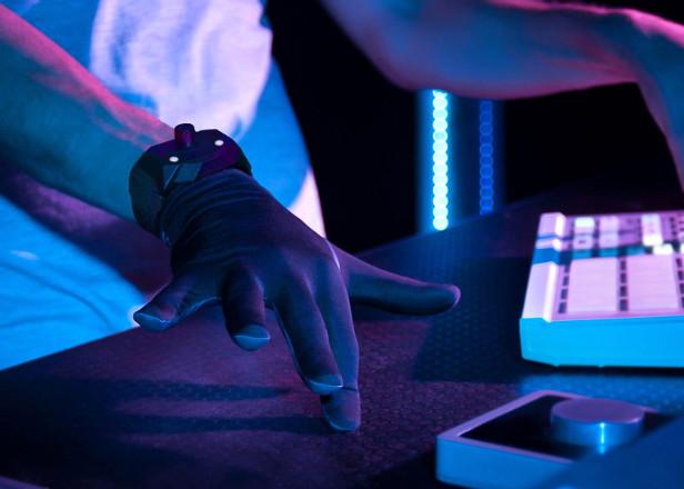 Remidi T8 is the Nintendo Power Glove of MIDI controllers