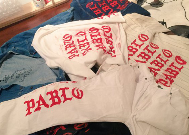 Bootleg merch was being sold in Kanye's Pablo pop-up