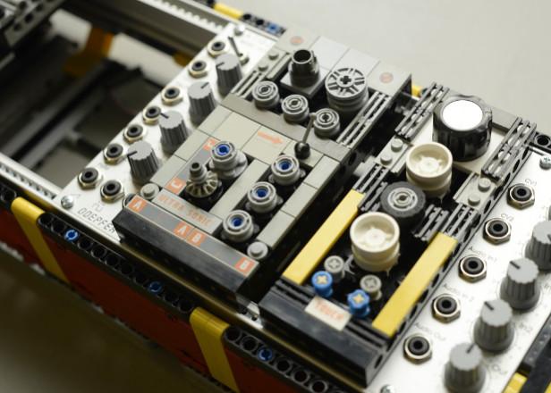 Lego synth modules