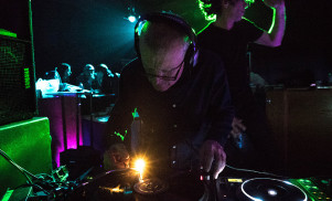 Watch snooker player turned DJ Steve Davis's journey to Bloc in BBC mini-doc