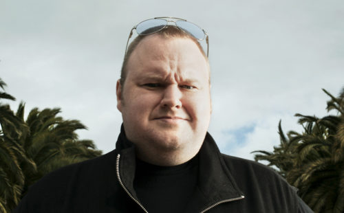 """Megaupload launches Mega, joins The Pirate Bay in their """"raid-proof"""" Cloud"""