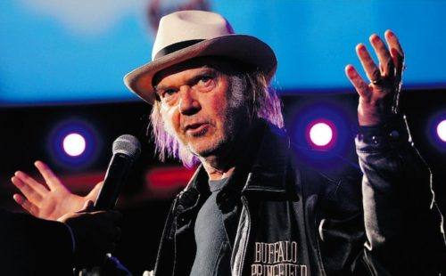 Neil Young takes to Twitter to answer questions, will stream new album