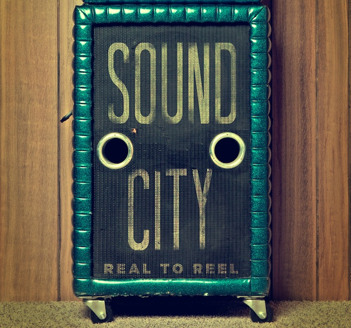 Dave Grohl's <em>Sound City</em> soundtrack features Paul McCartney, ex-Nirvana members, Trent Reznor, Josh Homme, and more