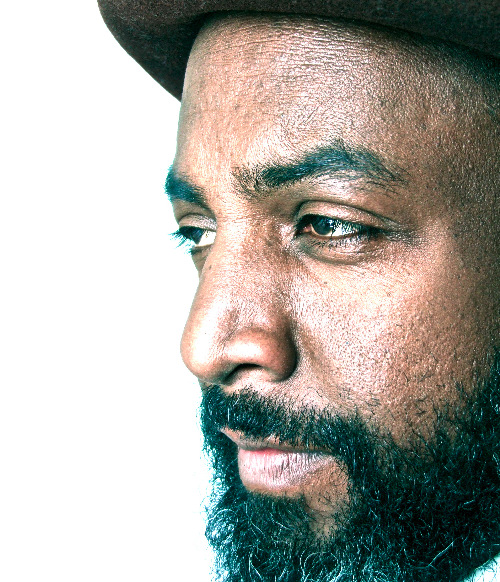 Premiere: download King Midas Sound vocalist Roger Robinson's tender new mixtape, <I>Contemplate</I>