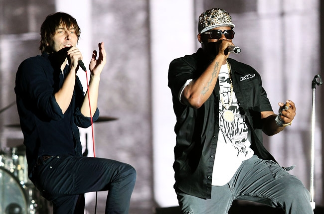 Coachella 2013 in video: R Kelly performs 'Ignition (Remix)' with Phoenix, Earl Sweatshirt plays with Flying Lotus, The xx recruit Solange.
