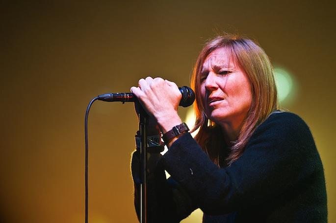 Portishead singer Beth Gibbons plans solo album