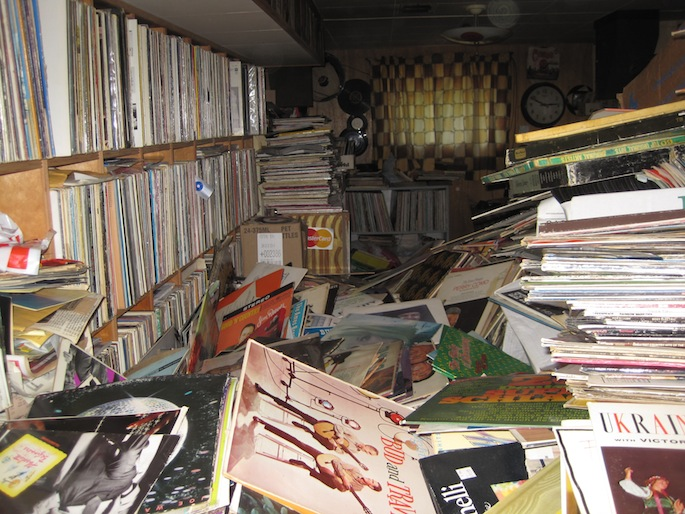 Inside The Quot Hoarder House Quot This Is What 250 000 Records