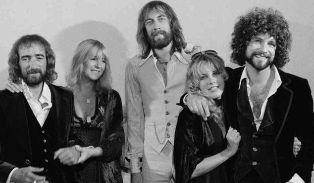 Bookies close bets on Fleetwood Mac headlining Glastonbury 2014