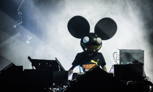 The 'former groupies of Reddit' thread is spilling dirt on Tiesto, Steve Aoki, Deadmau5, Prince and more, and the stories are incredible