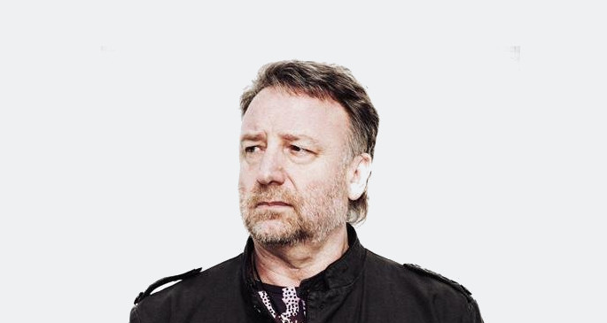"Peter Hook calls Bernard Sumner ""twatto"", claims that he stole New Order"