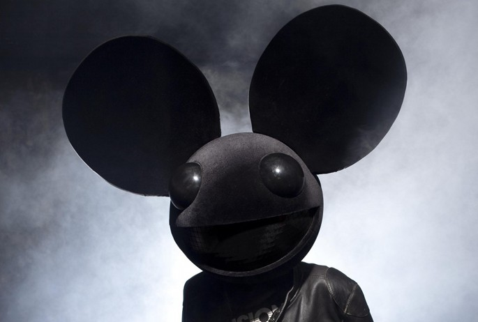 Richie Hawtin's Plus8 label returns... with a Deadmau5 record
