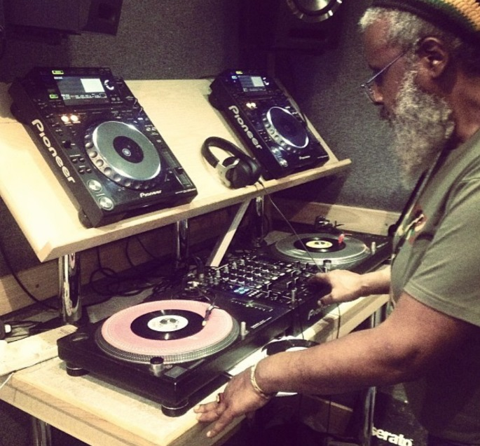 Hear Footsie and his dad spinning roots reggae on Rinse FM