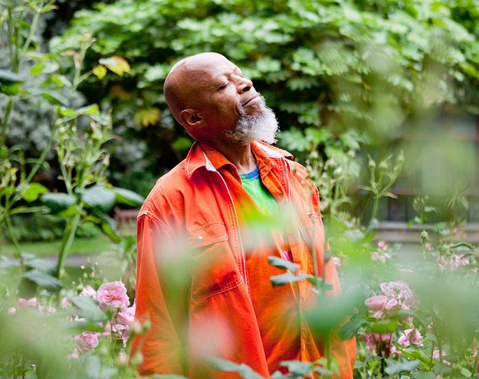 Ambient pioneer Laraaji to host laughter workshop at Cafe Oto