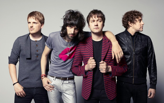 Glastonbury announces full line-up - and yes, Longy was Kasabian all along