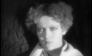 Hear Plastikman's alternative score for 1928 silent film Brumes d'automne