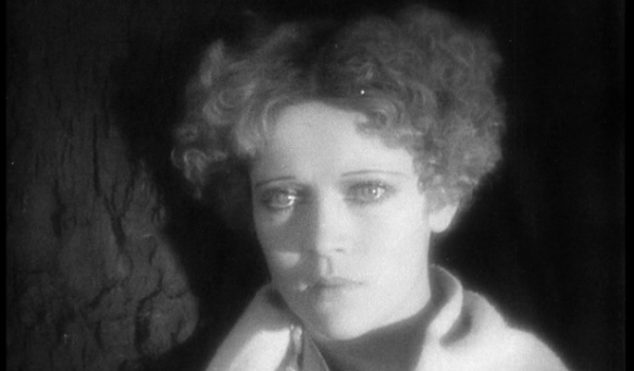 Hear Plastikman's alternative score for 1928 silent film Brumes d'automne