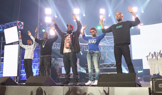 BET Hip-Hop Awards close with a touching tribute to slain teenager Mike Brown