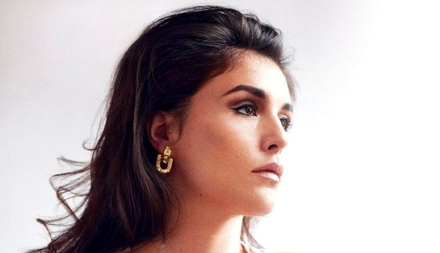 Jessie Ware gives away non-album cut '12' featuring Rhye's Robin Hannibal