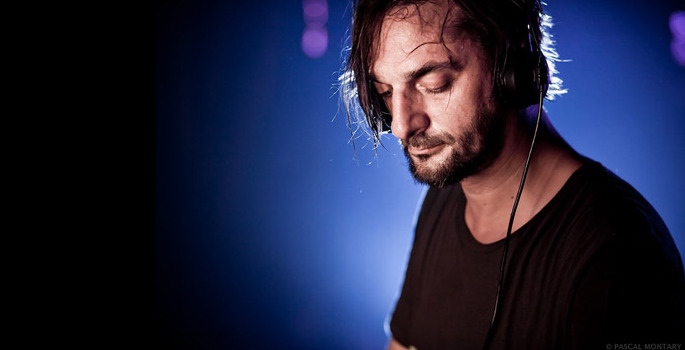 Listen to Ricardo Villalobos' 32-minute remix of DJ Pierre's classic 'What Is House Muzik'