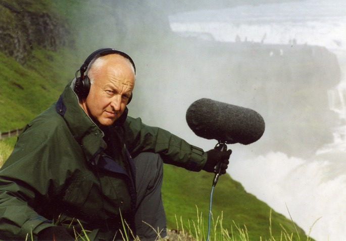 A Beginner's Guide To    Field Recording