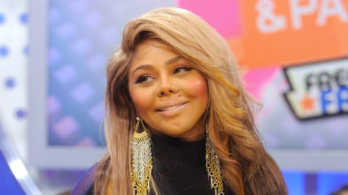 Lil Kim Reportedly Owes 126 000 In Taxes To The Irs