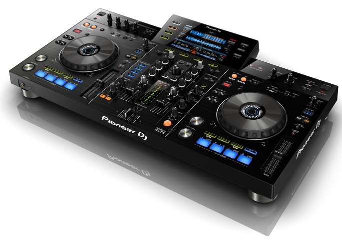 pioneer unveils another usb only dj controller fact magazine music news new music. Black Bedroom Furniture Sets. Home Design Ideas