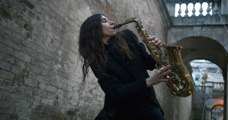 PJ Harvey will record her ninth album as a live exhibition at Somerset House