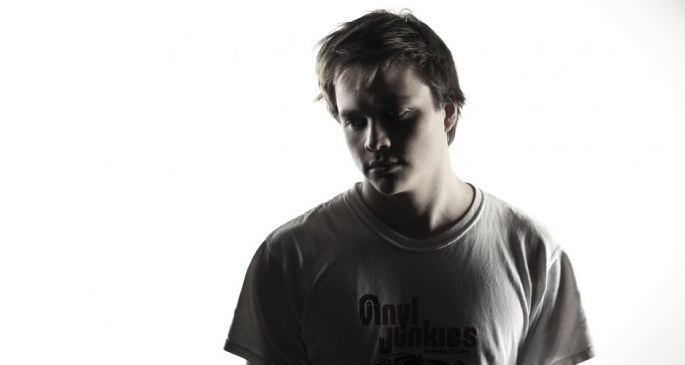 Hear a new Pearson Sound track, 'Glass Eye'