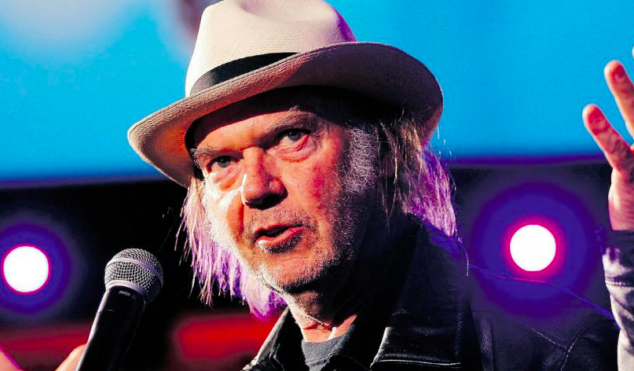 "Neil Young calls vinyl revival ""a fashion statement"""
