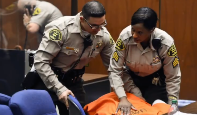 Suge Knight collapses in court after judge sets bail at $25,000,000
