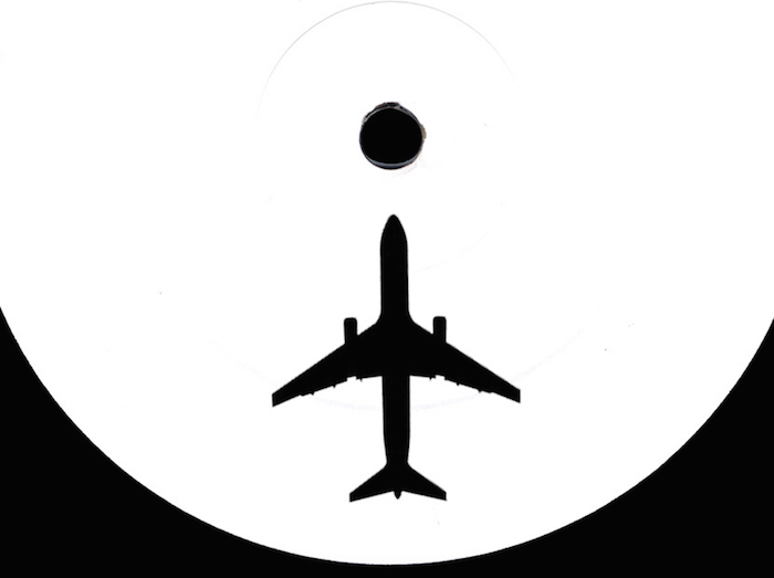 Om Unit and Sam Binga make drum and bass sound weightless on 'Wei' from their Transatlantic EP