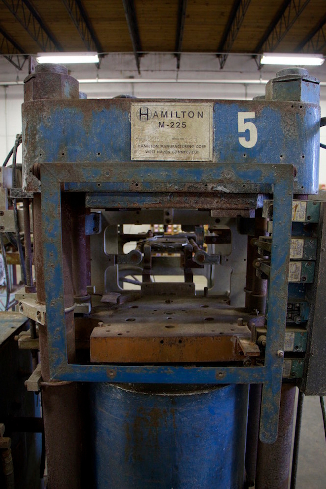 US vinyl factory finds 13 abandoned presses and becomes one of the country's biggest pressing plants
