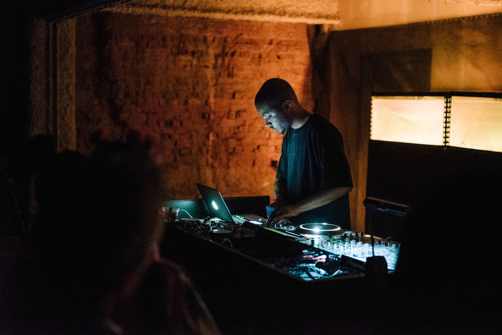 MaxwellSchiano_TriAngleRecords5YearNYC_2015RBMA5