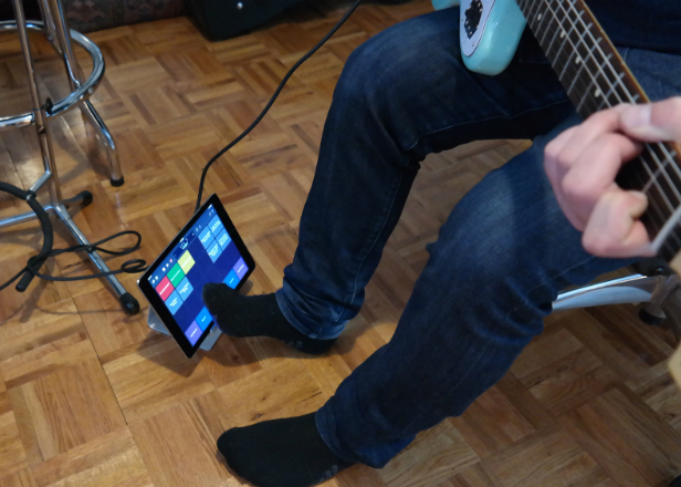 Turn your iPad into a pedalboard with Apple's Logic Remote app