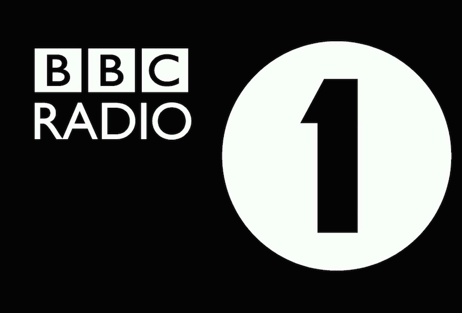 You Can Now Download Bbc Radio 1 Shows And Listen Offline