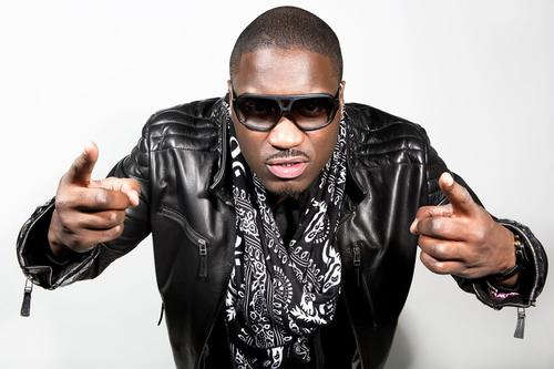 Watch someone open the gates to Wireless festival during Lethal Bizzle's performance