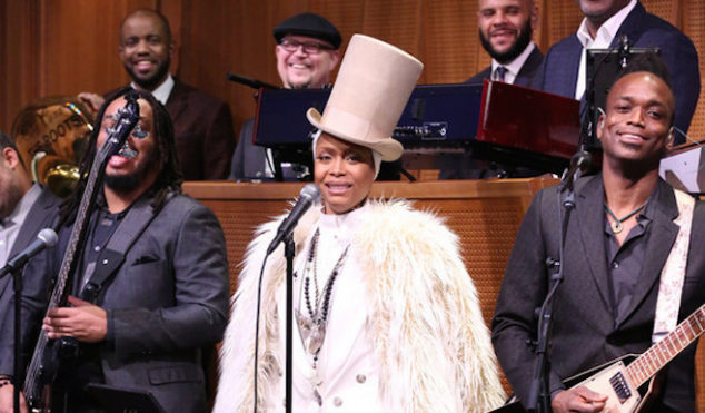 Erykah Badu performs 'Phone Down' on The Tonight Show