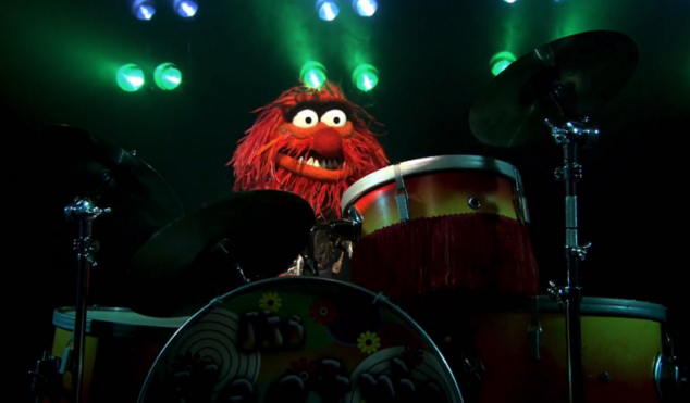 Drum battle of the century: Dave Grohl vs Animal from The Muppets