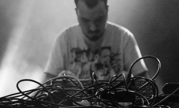 Shapednoise amplifies the club with crushing noise-techno on Different Selves — stream it