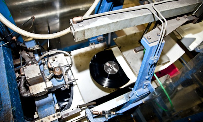 Brand new vinyl record pressing machines enter the market