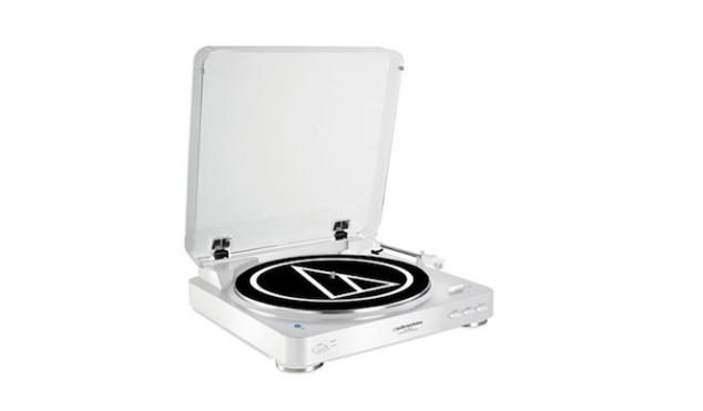 Audio-Technica unveils AT-LP60-BT wireless turntable