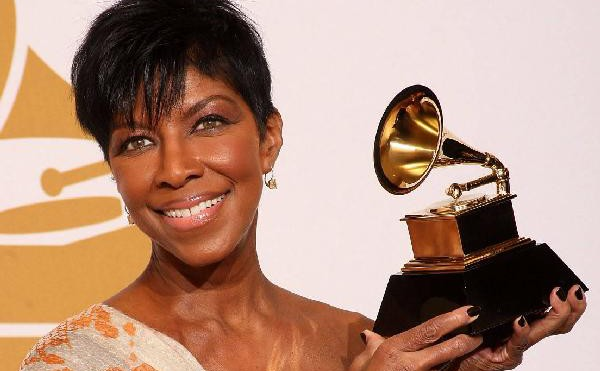 """Natalie Cole's family criticize """"shameless"""" and """"disrespectful"""" Grammys tribute"""