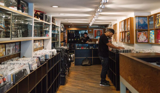 Vinyl sales in 2015 worth more than Spotify Free and YouTube combined