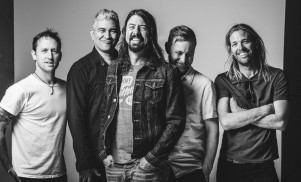Foo Fighters deny break-up rumours in spoof video