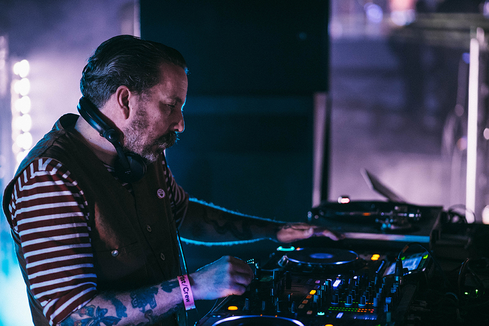 AndrewWeatherall_by_CarysHuws