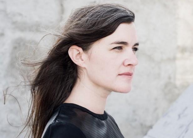 Hear Julianna Barwick S Gorgeous Moog Inspired New Mix