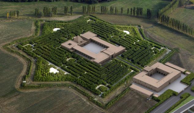 Sunn O))) announce show in world's largest maze