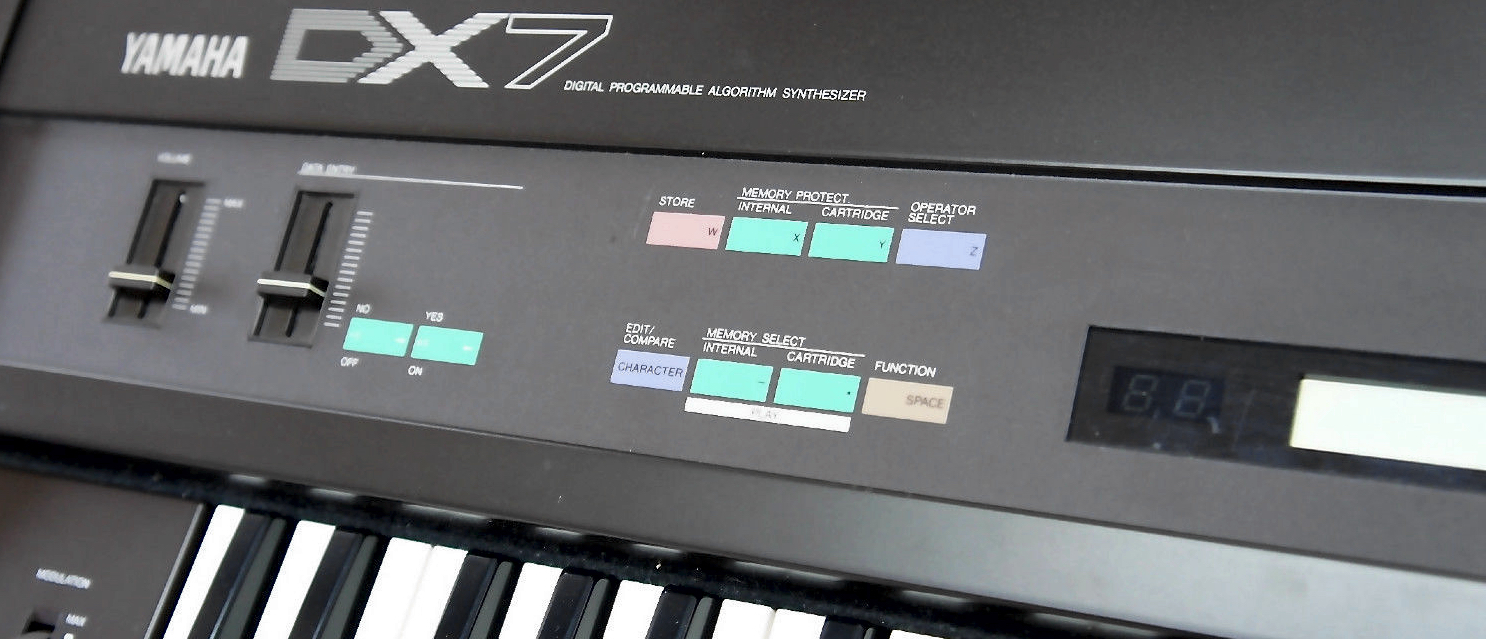 14 Synthesizers - Yamaha DX7