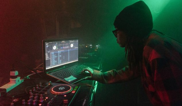 It's 2016, so why do people still have a problem with laptop DJs?
